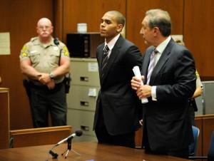 Chris+Brown+Sentencing+drd4d5eVJ4Il