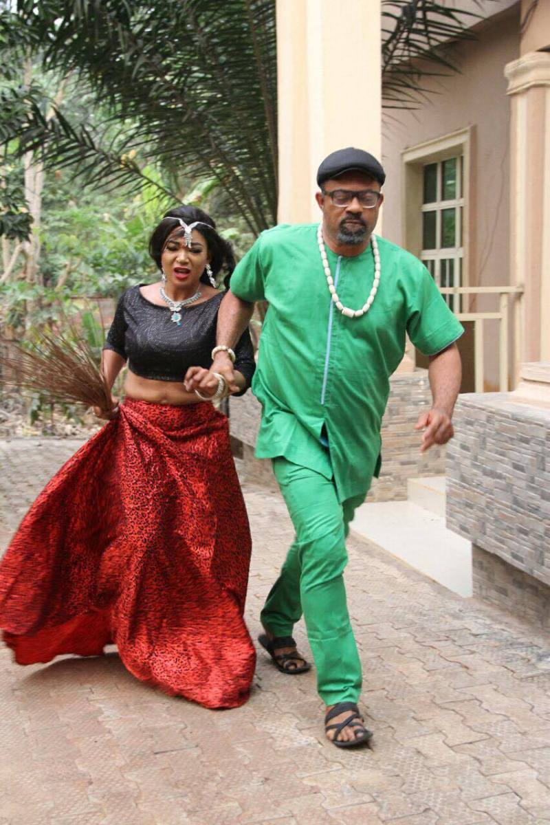 "Mac Collins Chidebe Takes Racheal Okonkwo aka Nkoli Nwa Nsukka, Nonso Diobi, Chioma Igwe, Others Out of ""Zee World Madness"" (Photos)"